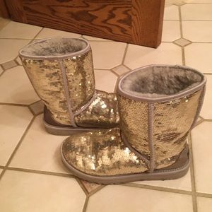 UGG Women's Sequin Silver Sparkle Boots/Gold